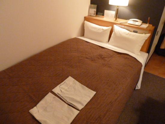 Grace Inn Nagoya : ベット