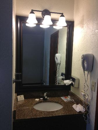 Baymont Inn & Suites Lake Dillon: the mirror in the cuby that sits back so far you can't see yourself to do your makeup
