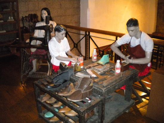 Marikina City Footwear Museum: One of the few visual displays