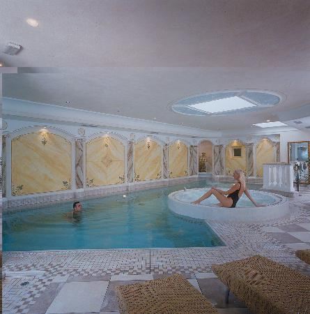 Family Wellness Hotel Renato: Piscine