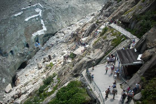 Mont Blanc: caminando hacia las cuevas