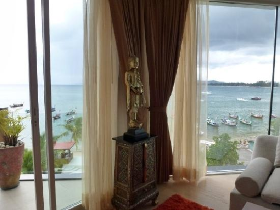 Beachfront Phuket: view out