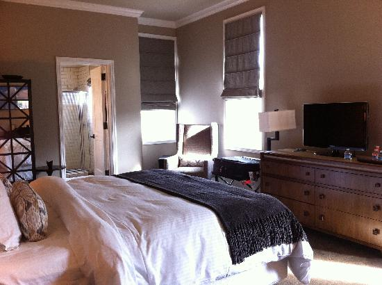 Wydown Hotel: Our Room