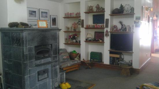 "Acorn Inn Bed & Breakfast : The ""Uncommon Room"" has an amazing wood stove and fish network."