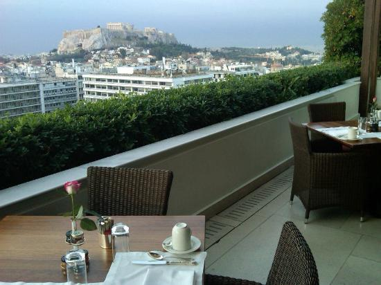Hotel Grande Bretagne, A Luxury Collection Hotel: View of the city from the roof top restaurant