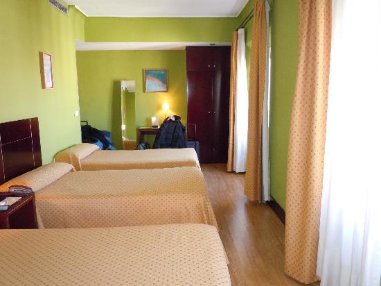 Hotel Carlos V: habitación cuadruple