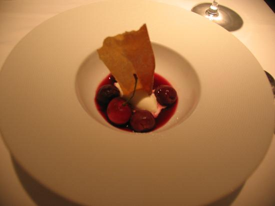 Ginza Chez Tomo: Dessert