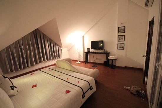 Hanoi Moment Hotel: Family room in 4th floor