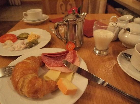 Hotel Florentina: morning buffet