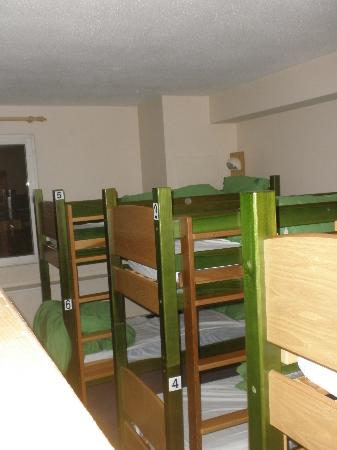 YHA London St Pancras: Bunks bed at the 6 bed dorm