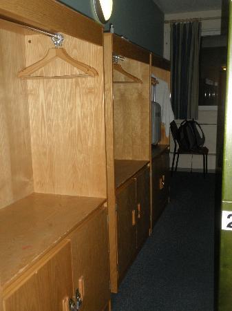 YHA London St Pancras: Lockers