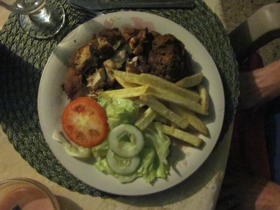 Villa La Cage: Fried Chicken by Chef Pauline