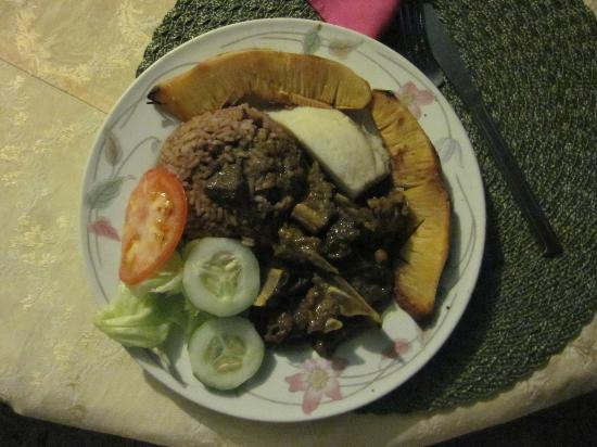 Villa La Cage: Curried Goat, Rice & Peas, Bread Fruit and Salad by Pauline