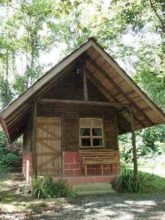Arenal Oasis Eco Lodge & Wildlife Refuge: cute individual cabins