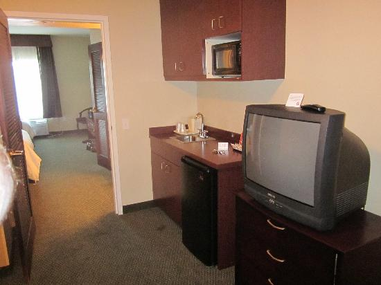Hawthorn Suites by Wyndham College Station: Room 2