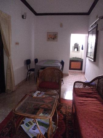 Lazar Residency Homestay: The sitting room at Lazar Residenc