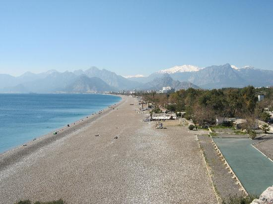 Acropol Beach Hotel: Antalya coast line