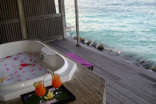 spa bath on platform