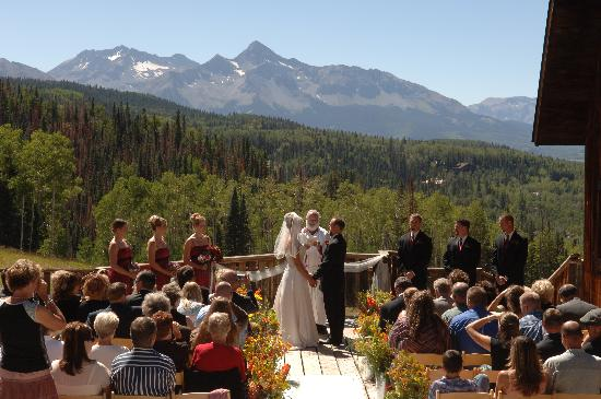 Gorrono Ranch Restaurant : A Wedding Ceremony on the Gorrono Deck
