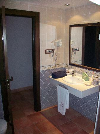 Hotel Dona Manuela: Baño 2