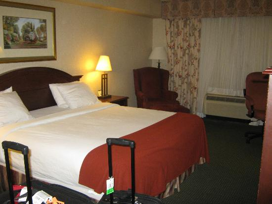 Holiday Inn Express & Suites Milton: My Hotel Room