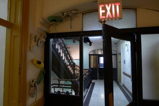 Chelsea Hotel: Exit it is!