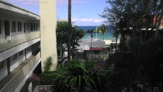 Beach Plaza Hotel: view of the ocean