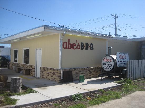 Abe's: Outside