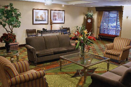 Homewood Suites by Hilton Baltimore-BWI Airport: A Warm and Cozy Lobby