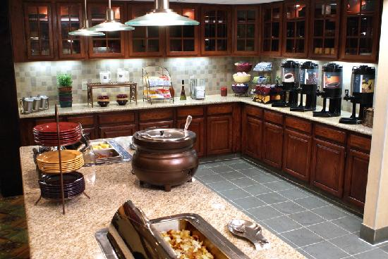 Homewood Suites by Hilton Baltimore-BWI Airport: A Full Breakfast Buffet served daily