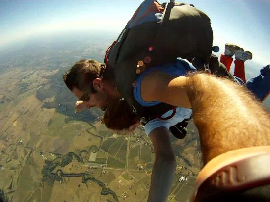 Skydive Yarra Valley: free fall