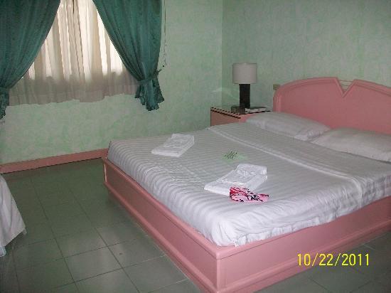 Mount Sea Resort: bed in deluxe room