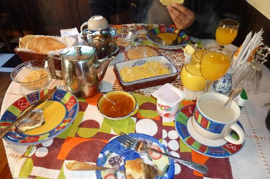 Hostal de los Castillos: breakfast
