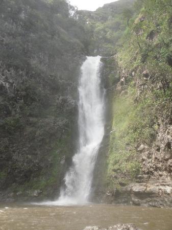 Halawa Valley: Halawa Falls