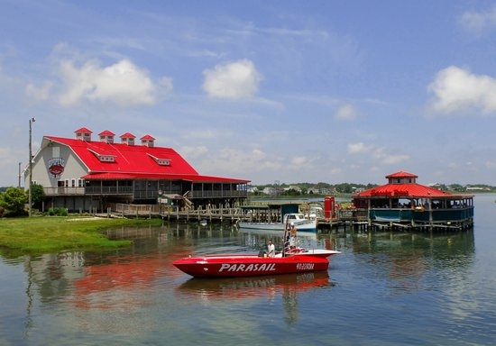 Paradise Watersports: Located at Hooper's Crab House
