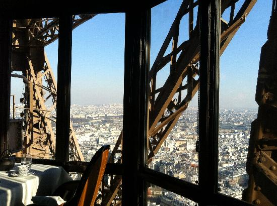 View From Jv Restaurant Ta Picture Of Le Jules Verne Paris