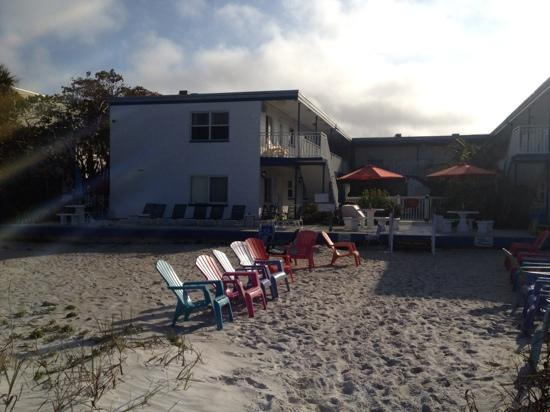 Great Heron Inn: View of inn from beach.