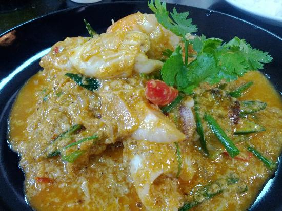 Khao San Cooking School: Pad Pong Kari (Seafood Curry)