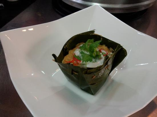 Khao San Cooking School: Hor Mok (Steamed Seafood in Curry Paste in Banana Leaf Cup)