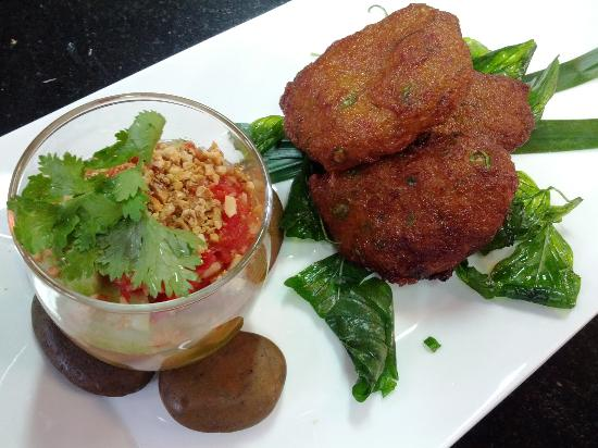 Khao San Cooking School: Tod Man (Fish Cakes served with Cucumber Sauce)