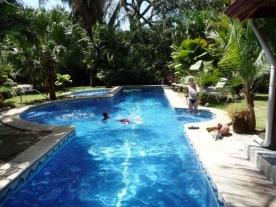 Giardino Tropicale: Salt Water Pool