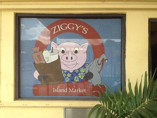 Ziggy's Island Market: awesome outdoor hangout