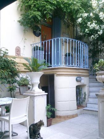 Hotel Villa St-Hubert : petit-déjeuner dans le jardin