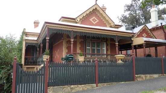 Cathedral Terrace Bed & Breakfast
