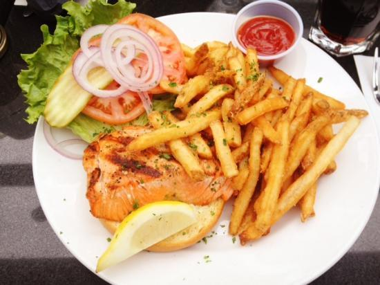Prospect Point Restaurant: BC Grill Salmon Burger with Fries