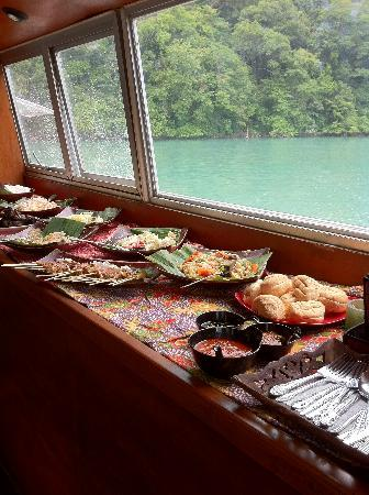 Langkawi Island Tours by Jet Ski: Tasteful lunch buffet was also served