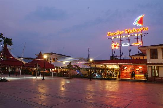 Bandar Djakarta.seafood garden restaurant.alam sutera