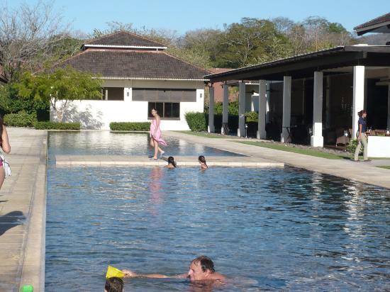 Reserva Conchal Beach Resort, Golf & Spa: Club de playa