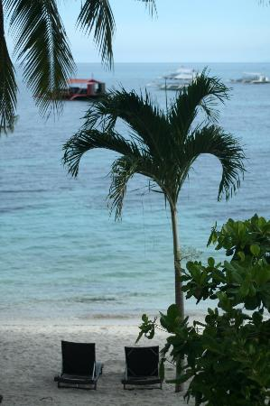 Ocean Vida Beach & Dive Resort: view from balkony