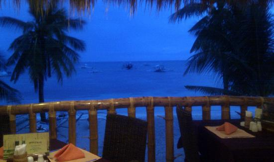 Ocean Vida Beach & Dive Resort : view from the restaurant